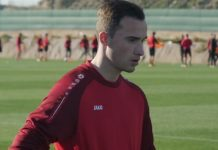 Jens Teunckens Royal Antwerp FC zijkant
