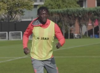 Amara Baby Royal Antwerp FC training