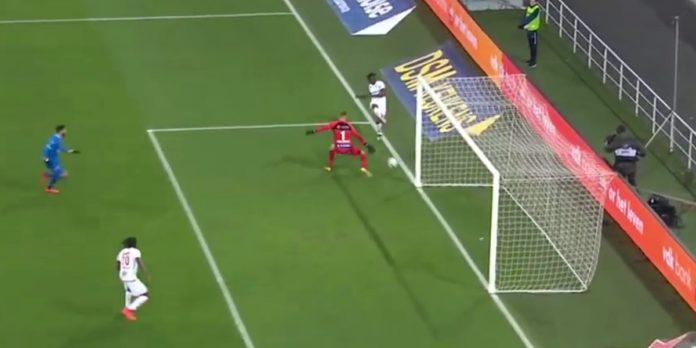 KAA Gent - Royal Antwerp FC Goal Amara Baby Thomas Kaminski
